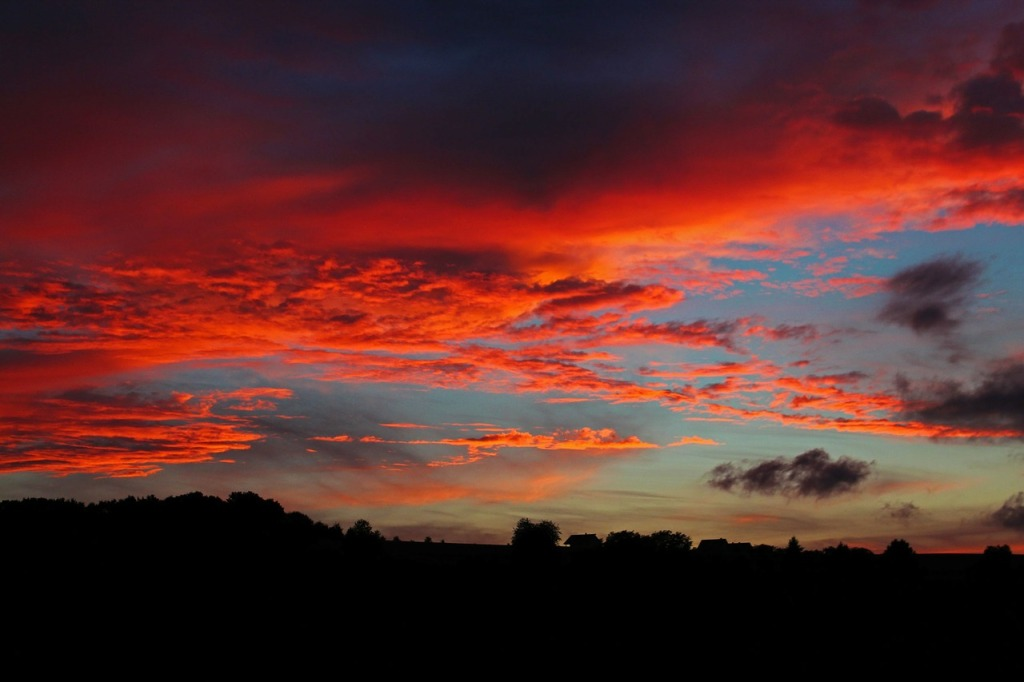 sunset-194702_1280